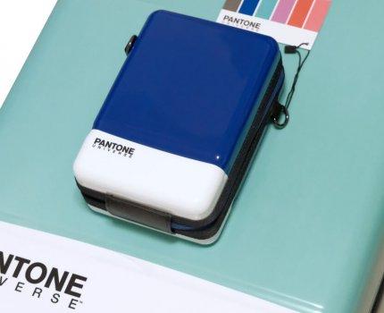 旅行好時尚, 強力推薦 Pantone 色票行李箱(潘通/彩通)登機箱推薦
